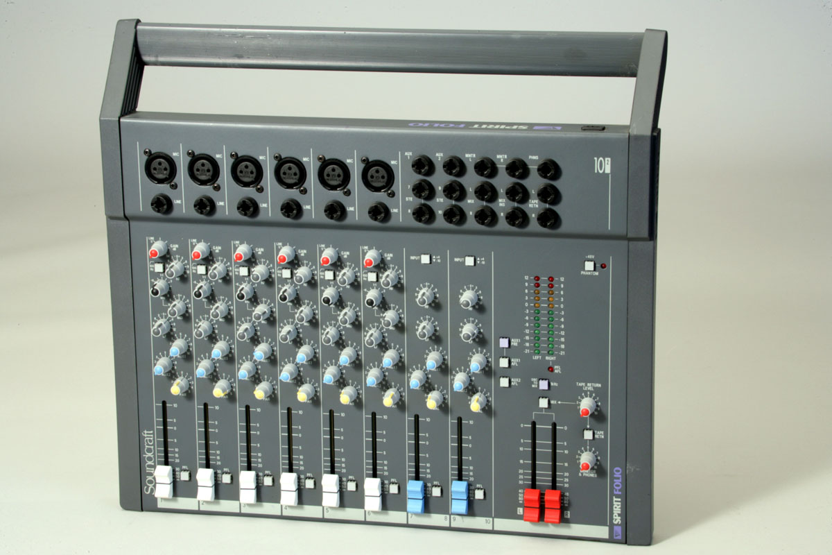Soundcraft Spirit Folio10/2 Analog-Audio-Mixer
